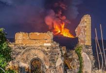 Volcán Etna no cesa su actividad