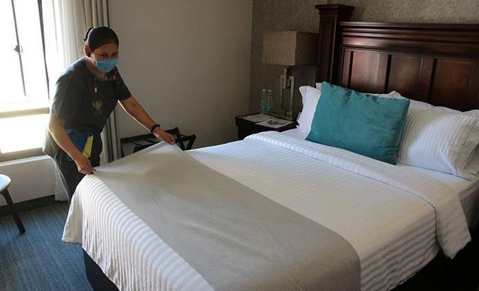 Pronostican escasez mundial de mano de obra en hostelería tras la pandemia