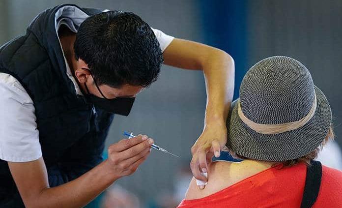 Exitoso, el modelo de vacunación de la CDMX: El País