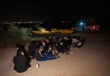 Arrestos de migrantes en la frontera de México y EEUU llegan al mayor nivel en 20 años
