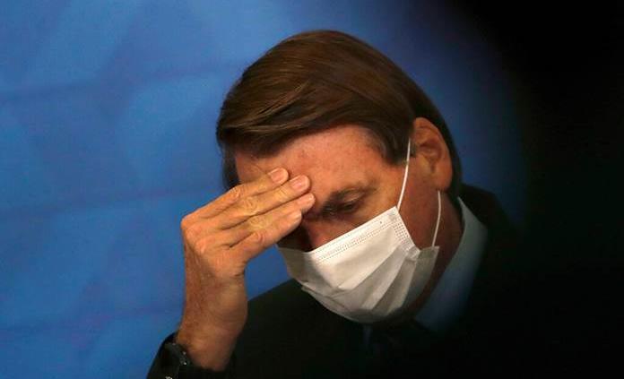 Exministro de Salud de Brasil afirma que Bolsonaro ignoró alertas sobre gravedad de la covid-19