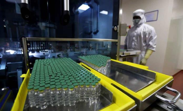Venezuela fustiga a EEUU y Reino Unido por bloquear fondos para comprar vacunas
