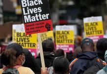 Libros sobre racismo y temas LGBT, los más censurados en EEUU