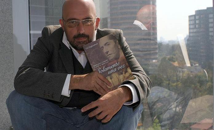 Fallece el escritor Francisco Haghenbeck por Covid