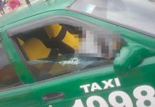 Acribillan a pasajero de taxi en Pavón