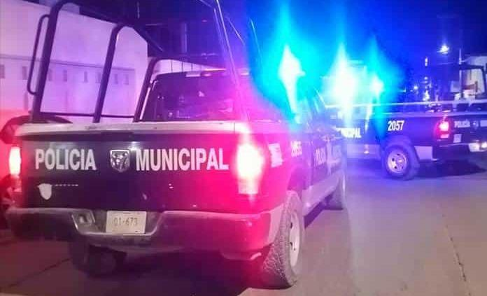 Grave, policía tras sufrir caída perseguía a presunto ladrón