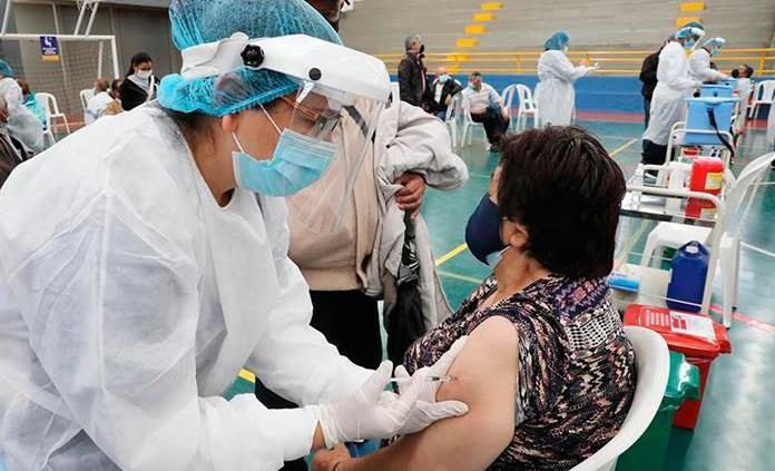 Vacunas y cooperación internacional para la recuperación de América Latina