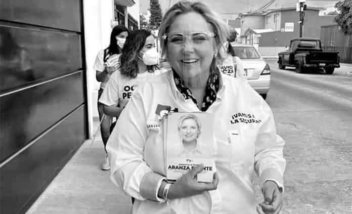 Aranza Puente se compromete por madres de familia