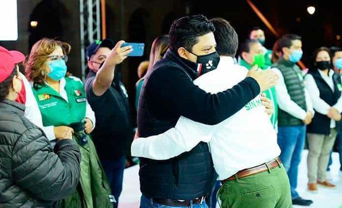 """""""Ni Mónica ni Xavier representan a la 4T"""""""