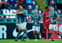 Un autogol del colombiano Mosquera le da el empate al Toronto ante León