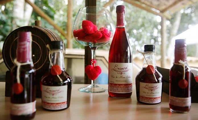 Enamora, el vino de mora colombiano que marida el sueño de cruzar fronteras