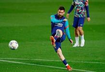 El PES 2021 Mobile supera las 400 millones de descargas y lo celebra con Messi