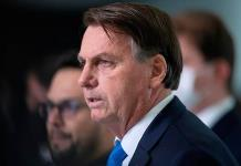 Bolsonaro afirma que el Ejército es una garantía de estabilidad para Brasil