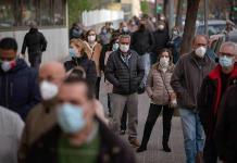 Vacuna de AstraZeneca sólo para mayores de 60 años en España