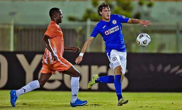 Cruz Azul empata sin goles ante Arcahaide