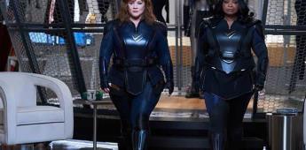 No hay reglas en el género de los superhéroes, dice Melissa McCarthy