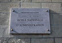 Macron cierra la escuela de la élite de los funcionarios franceses