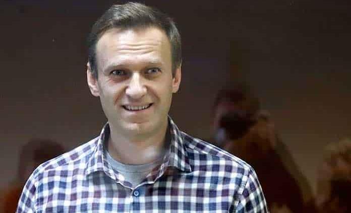 Navalny sufre de dos hernias discales