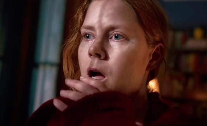 Amy Adams explora la agorafobia y lo irreal en The Woman in the Window