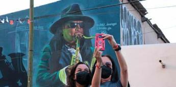 Develan en Soledad mural en homenaje al SAX
