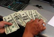 Dólar al mayoreo llega a 20.20 pesos