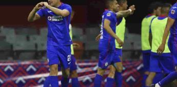 Cruz Azul vence a Chivas y empata récord de triunfos en fila