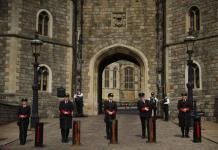 La reina regresa a sus deberes reales tras la muerte del príncipe Felipe