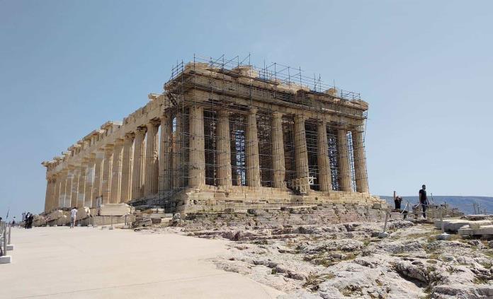 La Acrópolis de Atenas, un lugar de ensueño en tiempos de pandemia