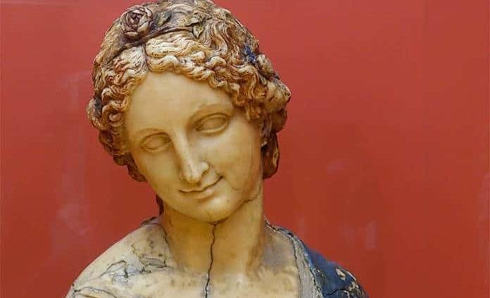 Se resuelve el largo enigma del busto de Flora: no es de Leonardo Da Vinci