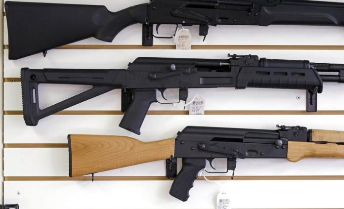 Gobierno mexicano demanda a empresas de armas de EEUU por tráfico ilegal