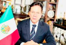 Mexicano declina ser relevo de la antorcha