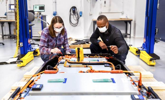 Ford planea desarrollar baterías para vehículos eléctricos