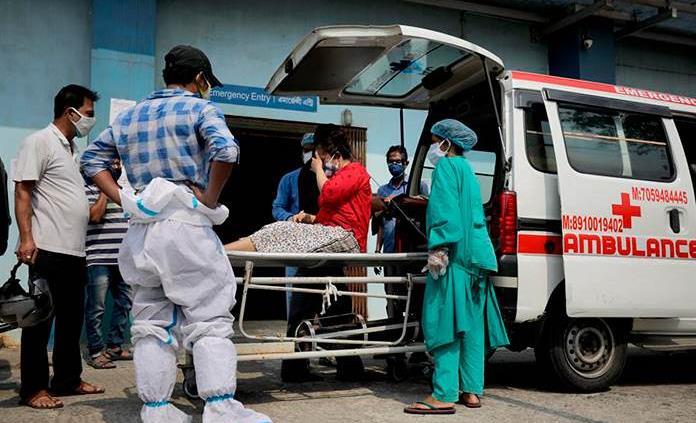La variante india podría ser más contagiosa y resistente a vacunas y terapias, alerta la OMS