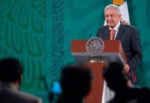 López Obrador se reúne con presidenta de Santander y confirma que el banco español seguirá invirtiendo