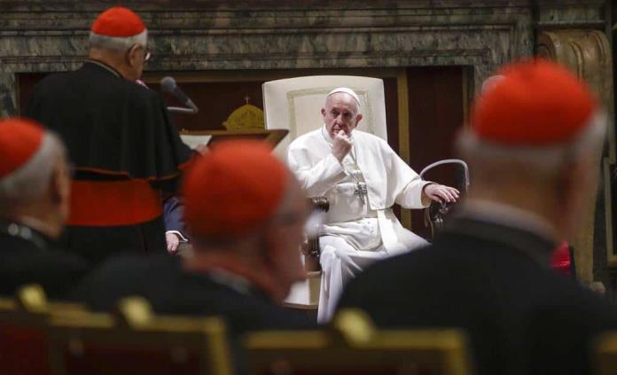 El papa pide que la especulación financiera sea estrictamente regulada