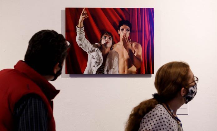 Exposición en Ciudad de México busca expandir la no dualidad queer