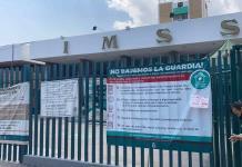 Trabajadores administrativos del IMSS piden ser vacunados
