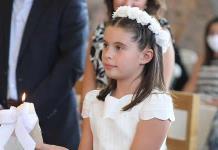 Fernanda recibe la comunión