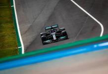 Hamilton gana GP en Portugal; Checo Pérez concluye cuarto