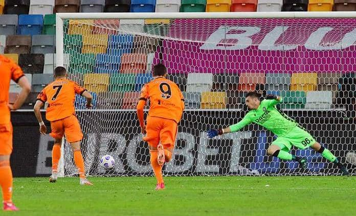Cristiano, con un doblete, saca al Juventus del abismo