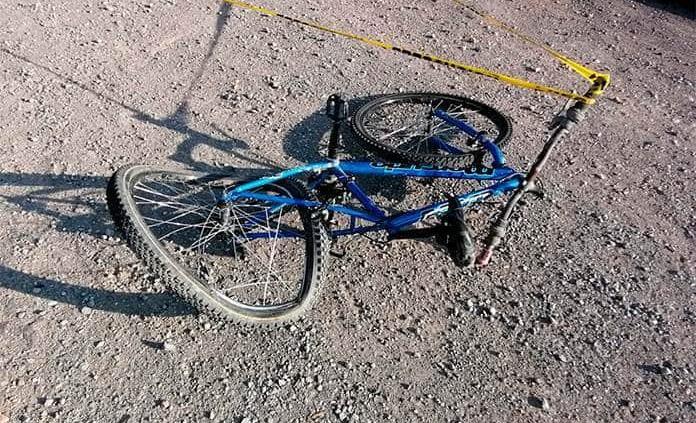 Fallece ciclista al ser atropellado por veloz vehículo