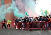 Aplazan el Manchester United-Liverpool tras las protestas aficionados