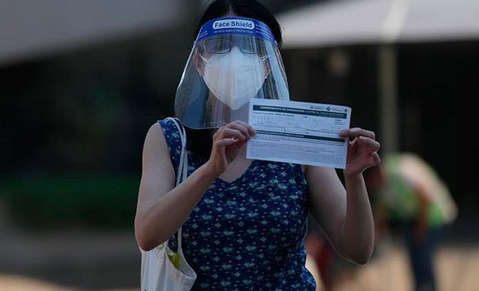 México acelera la vacunación entre bajos contagios y acercamiento a Rusia