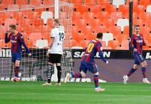 Liga española considera discriminatoria la ausencia de público en los estadios
