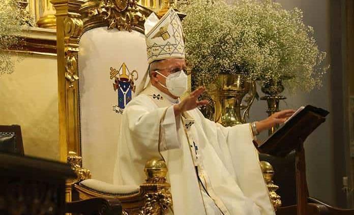 Arzobispo se alista para su renuncia