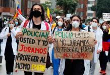 Los jóvenes pagan con la vida por manifestarse en las calles colombianas