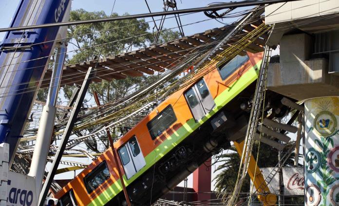Aumenta a 25 los muertos tras colapso en metro Olivos