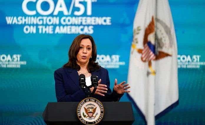 EEUU debe responder ante las destituciones de jueces en El Salvador, considera Harris