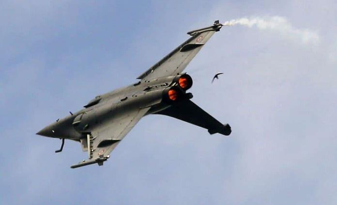 Egipto compra otros 30 cazabombarderos franceses Rafale