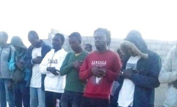 Migrantes mueren en el mar; auxilio europeo se hace esperar